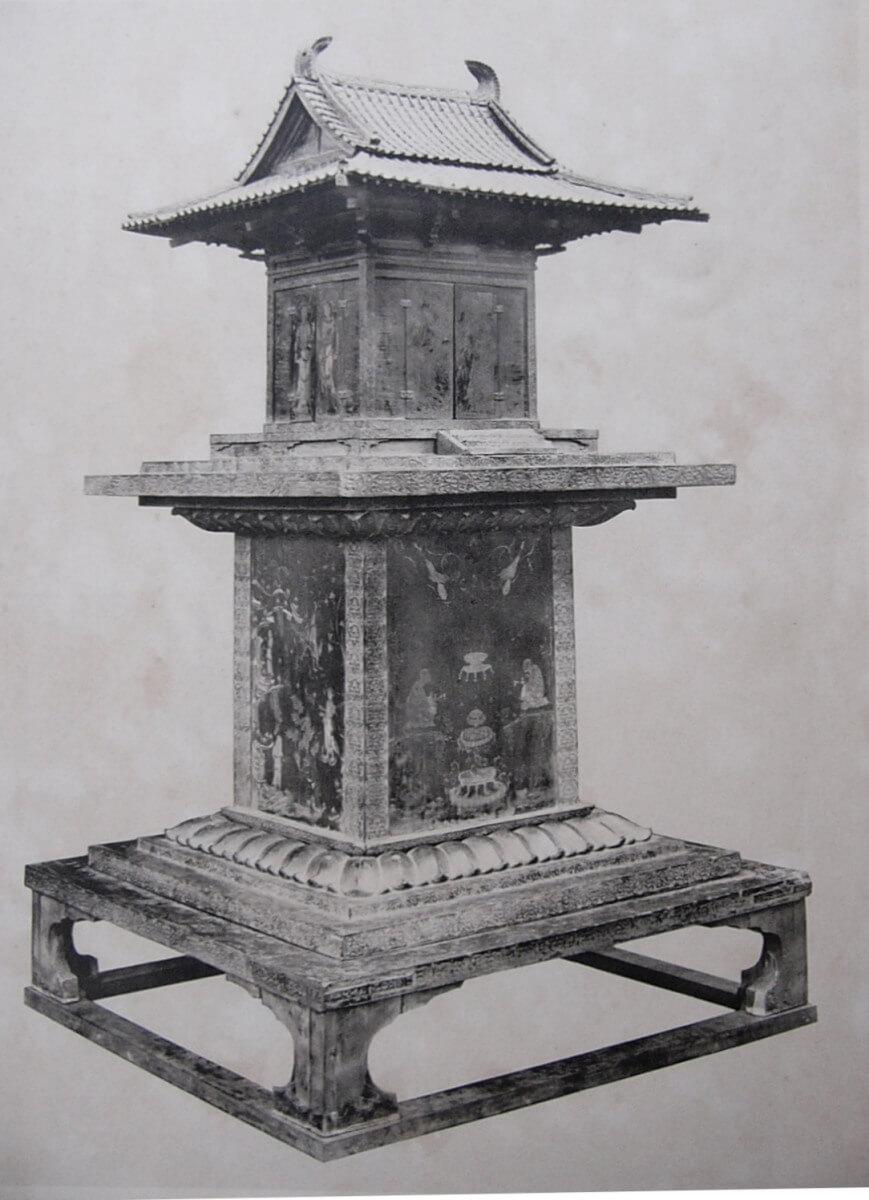 Tamamushi_Shrine